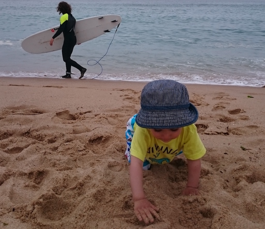 nanny on child care service for Surfers and you