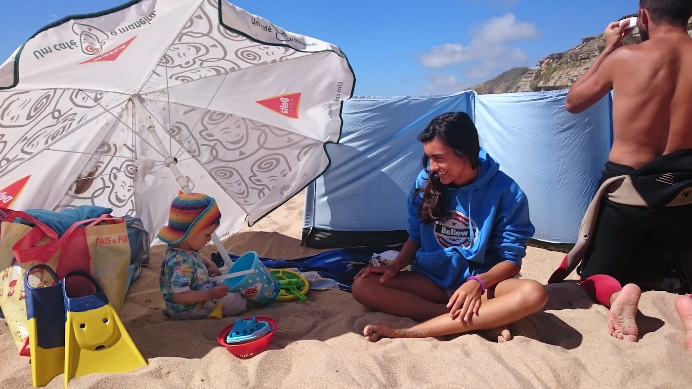 nanny on child care service for Surfers