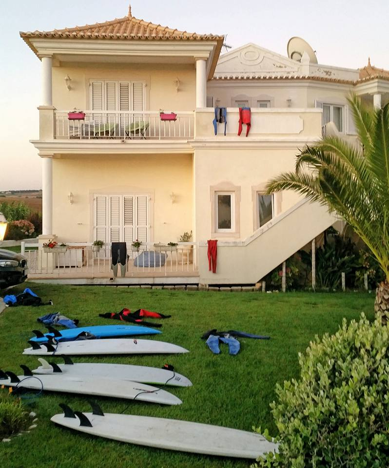 Casa de Ribeira, the B Side of Ericeira
